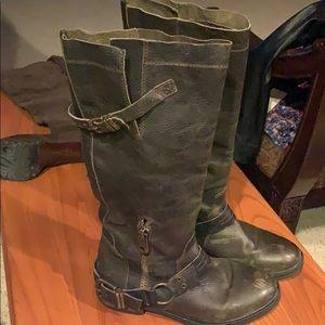 Dark green Steve Madden boots